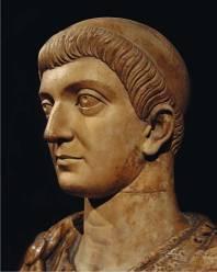 Flavius Valerius Galerius Constantino.
