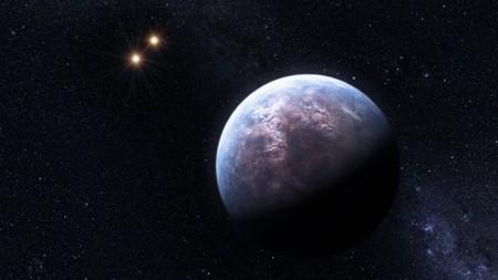 Planeta extrasolar orbitando una estrella binaria.