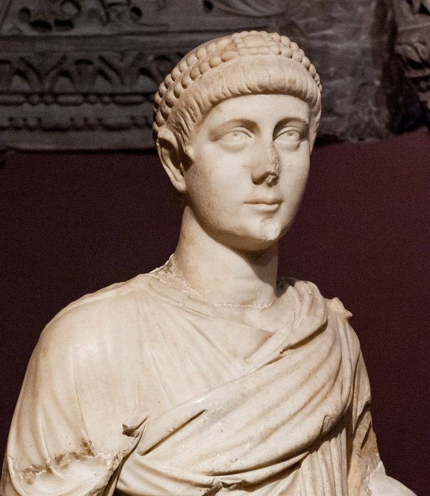 Resultado de imagen para Fotos de Valentiniano II, emperador romano
